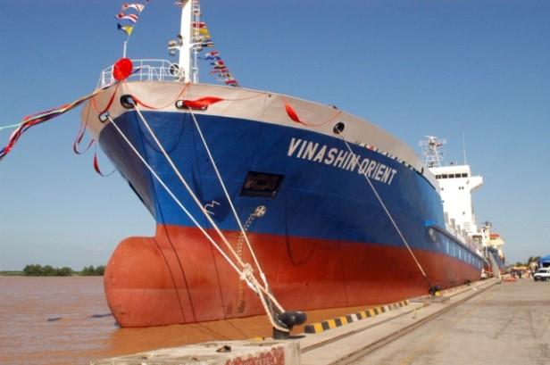 Tàu biến sử dụng sơn Sigma